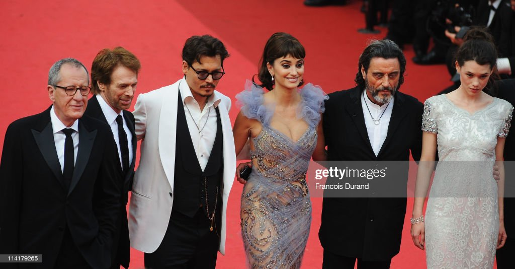 Actor Geoffrey Rush, producer Jerry Bruckheimer, actors Johnny Depp,Penelope Cruz,Ian McShane,Astrid Berges-Frisbey attend the 'Pirates of the Caribbean: On Stranger Tides' premiere at the Palais des Festivals during the 64th Cannes Film Festival on May 14, 2011 in Cannes, France.