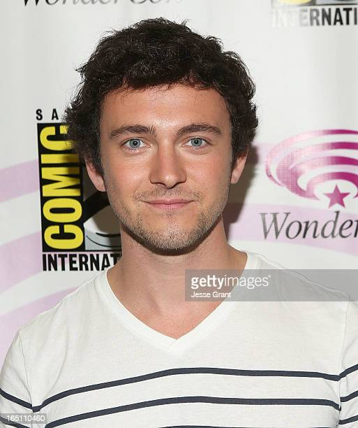 Actor George Blagden attends the 'Living The Vikings' Panel for HISTORY at WonderCon held at the Anaheim Convention Center on March 30 2013 in...