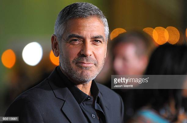 Actor George Clooney arrives at the premiere of Paramount Pictures' 'Up In The Air' held at Mann Village Theatre on November 30, 2009 in Westwood,...
