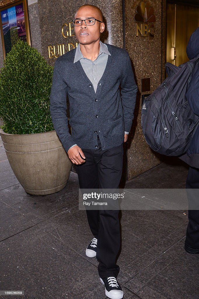 Actor George O Gore Ii Leaves The New York Live Taping At The Nbc News Photo Getty Images He is best known for portraying michael kyle, jr. https www gettyimages fi detail news photo actor george o gore ii leaves the new york live taping at news photo 159526059