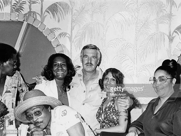 Actor George Peppard campaigns for American politician and Presidential candidate Jimmy Carter Philadelphia Pennsylvania 1976