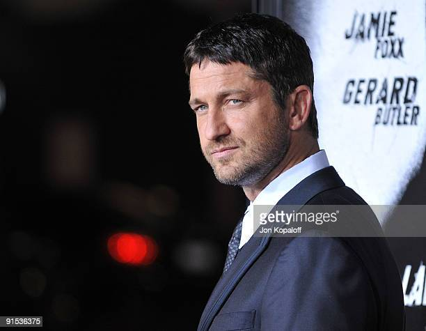 """Actor Gerard Butler arrives at the Los Angeles Premiere of """"Law Abiding Citizen"""" at Grauman's Chinese Theatre on October 6, 2009 in Hollywood,..."""