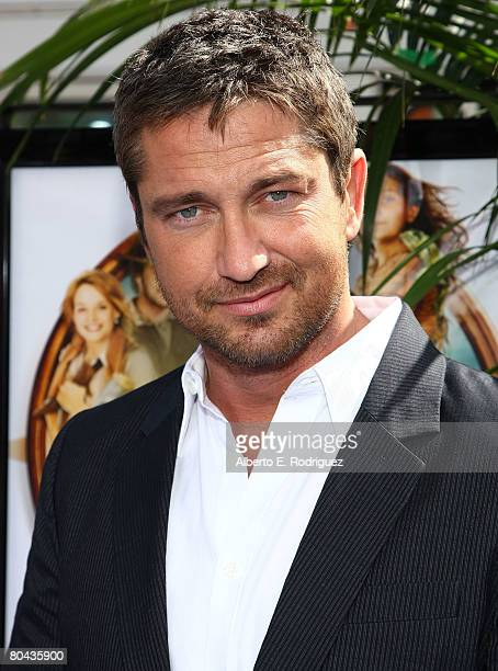 """Actor Gerard Butler arrives at the premiere of 20th Century Fox's """"Nim's Island"""" held at Grauman's Chinese Theater on March 30, 2008 in Hollywood,..."""
