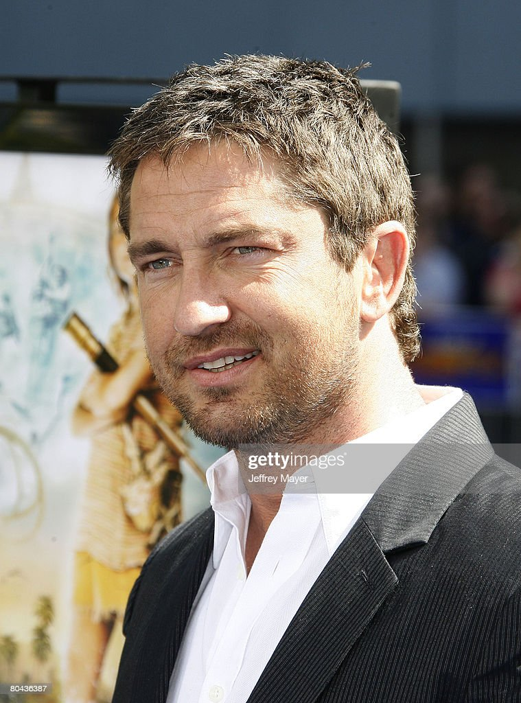 Actor Gerard Butler arrives at the Premiere of Fox Walden Film's 'Nim's Island' on March 30, 2008 at the Grauman' s Chinese Theater in Hollywood, California.