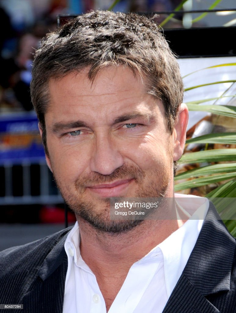 Actor Gerard Butler arrives at the world premiere of 'Nim's Island on March 30, 2008 at Grauman's Chinese Theater in Hollywood, California.