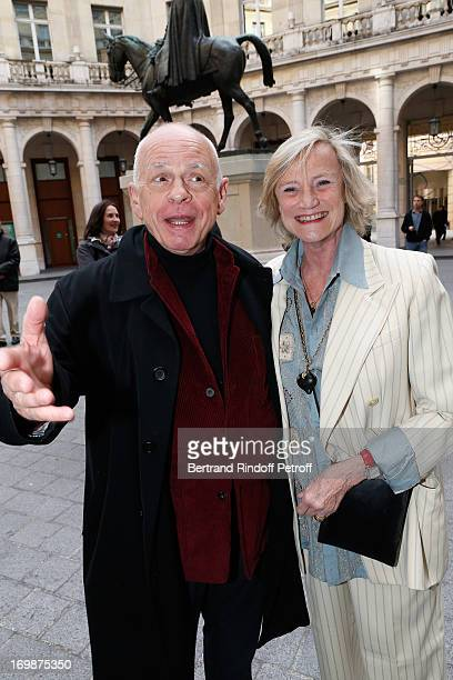 Actor Gerard Lartigau and Countess Eliane de la Beraudiere attend the delivery of the medal of the Legion of Honor to actress Francoise Fabian at...