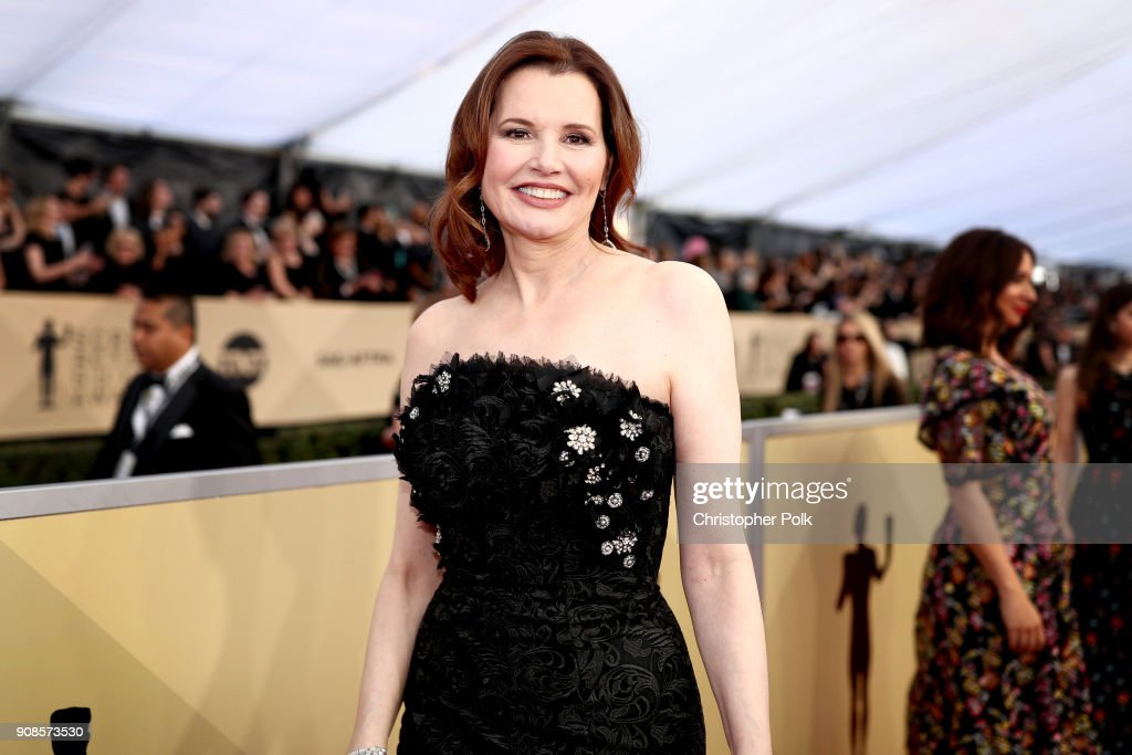 Actor Gina Davis attends the 24th Annual Screen Actors Guild Awards at The Shrine Auditorium on January 21, 2018 in Los Angeles, California. 27522_010
