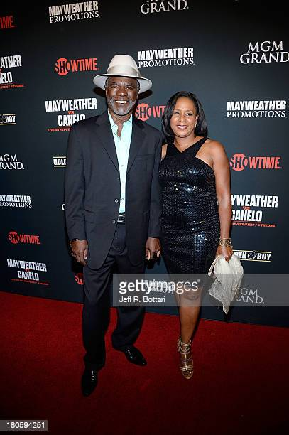 Actor Glynn Turman and his wife JoAnn Allen arrive at the Floyd Mayweather Jr vs Canelo Alvarez boxing match at the MGM Grand Garden Arena on...
