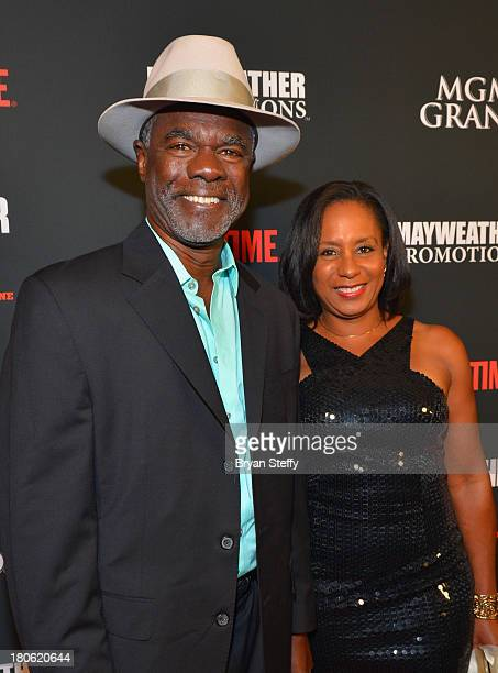Actor Glynn Turman and his wife JoAnn Allen arrives at the MGM Grand Garden Arena for the Floyd Mayweather Jr vs Canelo Alvarez boxing match on...