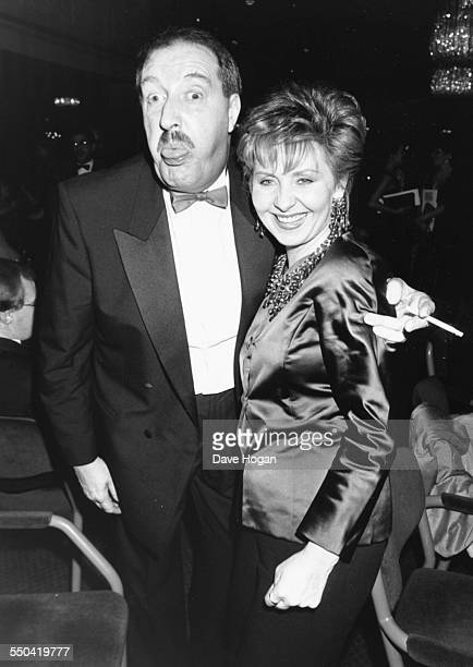 Actor Gordon Kaye and singer Lulu at the Laurence Olivier Awards in London January 31st 1989