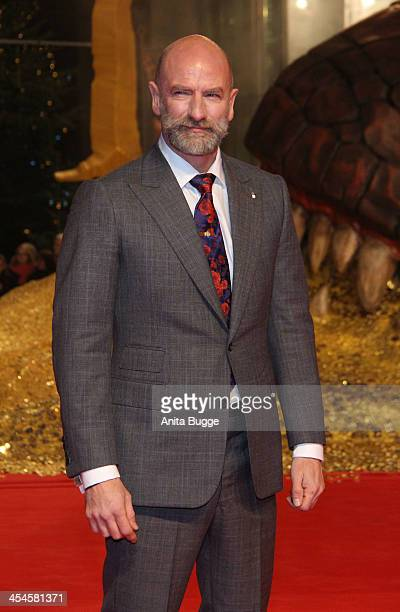 """Actor Graham McTavish attends the """"The Hobbit: The Desolation of Smaug"""" European Premiere at Cinestar on December 9, 2013 in Berlin, Germany."""