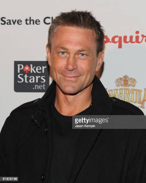 """Actor Grant Bowler attends the """"Save The Children"""" benefit at Esquire Soho on October 12, 2009 in New York, New York."""