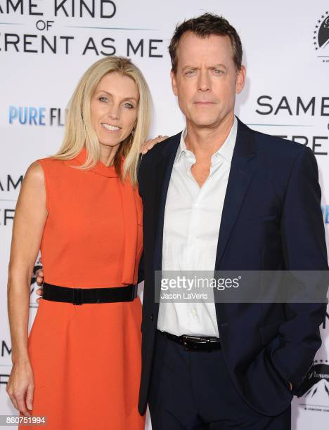 Actor Greg Kinnear and wife Helen Labdon attend the premiere of Same Kind of Different as Me at Westwood Village Theatre on October 12 2017 in...
