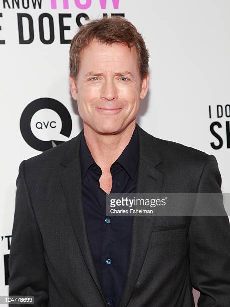 Actor Greg Kinnear attends The Weinstein Company The Cinema Society With QVC Palladium premiere of I Don't Know How She Does It at AMC Loews Lincoln...