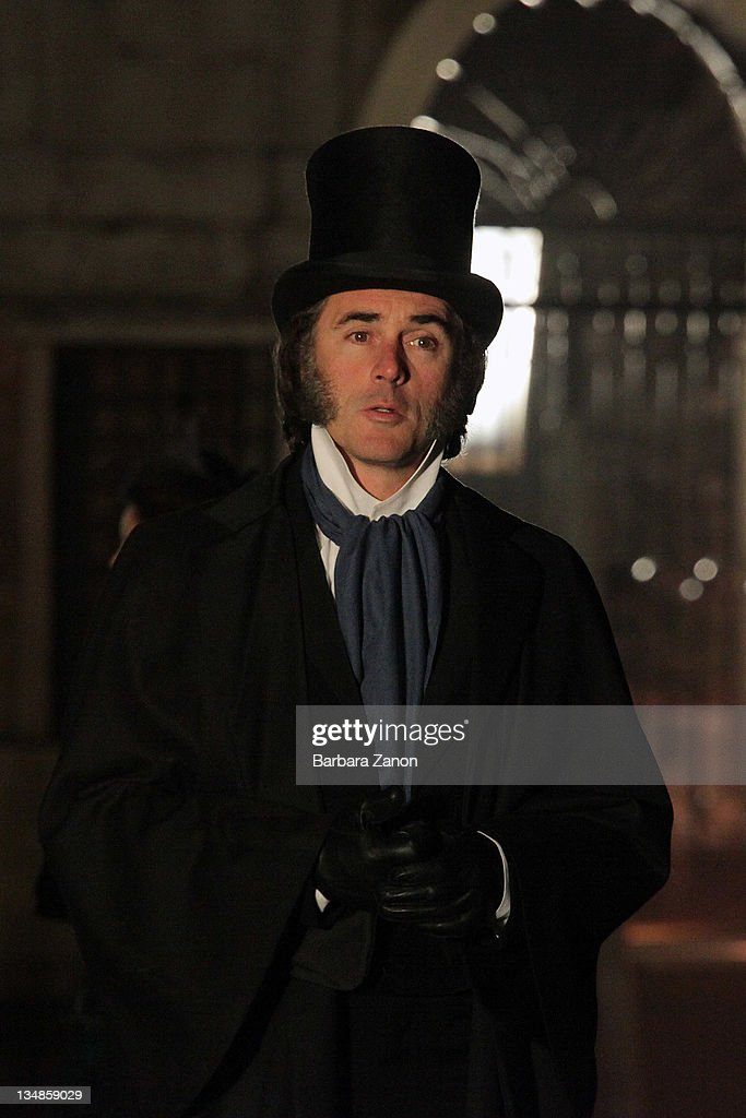 Effie Gray - scénario d'Emma Thompson (2012) - Page 2 Actor-greg-wise-on-location-for-effie-at-san-giovanni-e-paolo-on-4-picture-id134859029