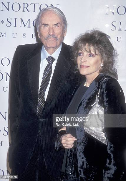 """Actor Gregory Peck and wife Veronique Peck attend """"The Art of Norton Simon"""" Pasadena Premiere on November 29, 2000 at The Norton Simon Museum in..."""