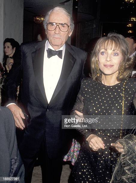 Actor Gregory Peck and wife Veronique Peck attends the First Annual Nelson Mandela Bridge to Freedom Award Salute to Harry Belafonte on April 1 1990...