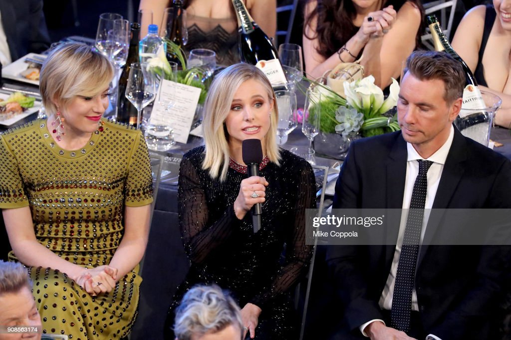 Actor Greta Gerwig, host Kristen Bell, and actor Dax Shepard attend the 24th Annual Screen Actors Guild Awards at The Shrine Auditorium on January 21, 2018 in Los Angeles, California. 27522_014