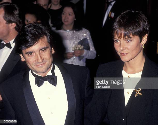 Actor Griffin Dunne and actress Carey Lowell attend Museum of the Moving Image Gala Honoring Robert De Niro on March 9 1991 at the Waldorf Astoria...