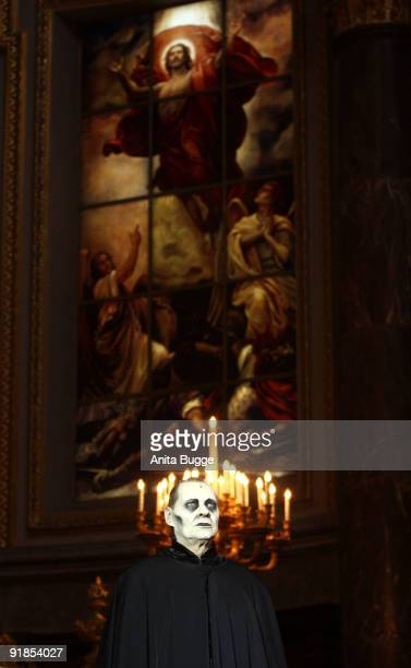 Actor Guenter Jungahns performs on stage during the 'Jedermann' dress rehearsal at the Berlin Cathedral Church on October 13 2009 in Berlin Germany