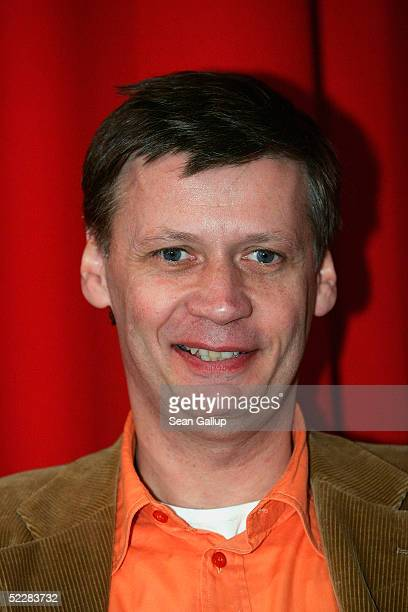 """Actor Guenther Jauch attends the German premiere of """"Racing Stripes"""" on March 6, 2005 in Berlin, Germany."""