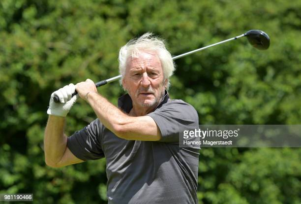 Actor Guenther Maria Halmer during the 7 M M EAGLES Charity LEDERHOS'N Golf Cup 2018 at Golfclub Castle EGMATING on June 22 2018 in Munich Germany In...