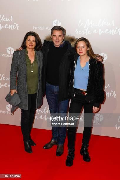 Actor Guillaume de Tonquedec his wife Christelle de Tonquedec and their daughter Victoire de Tonquedec attend the Le Meilleur Reste A Venir Premiere...