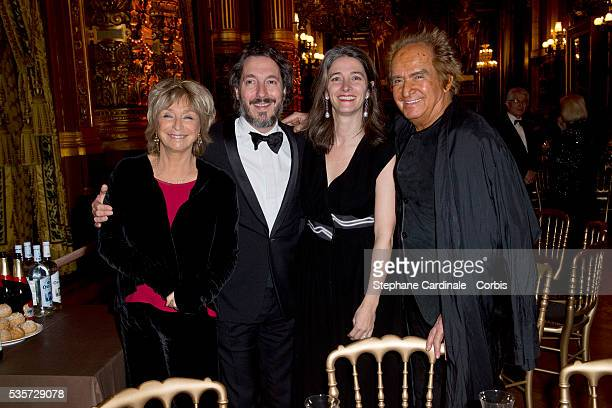 Actor Guillaume Gallienne and his wife Amandine standing between Director Daniele Thompson and her husband producer Albert Koski attend Weizmann...