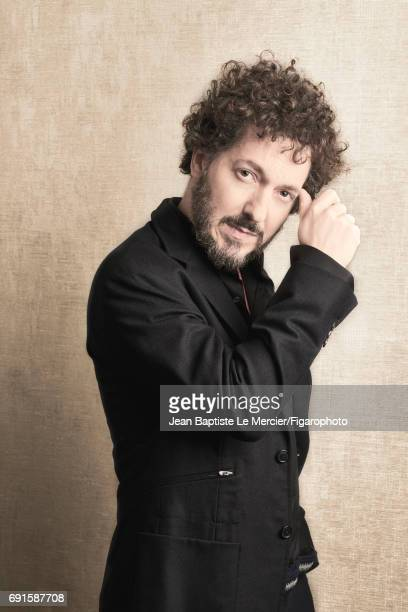 Actor Guillaume Gallienne is photographed for Madame Figaro on September 27 2015 in Paris France PUBLISHED IMAGE CREDIT MUST READ Jean Baptiste Le...