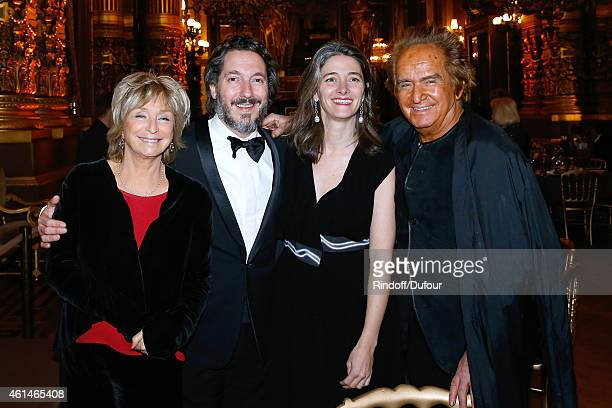 Actor Guillaumre Gallienne and his wife Amandine standing between Director Daniele Thompson and her husband producer Albert Koski attend Weizmann...