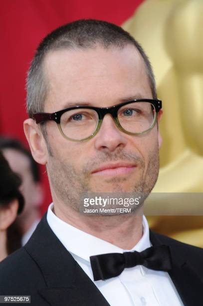 Actor Guy Pearce arrives at the 82nd Annual Academy Awards held at Kodak Theatre on March 7 2010 in Hollywood California