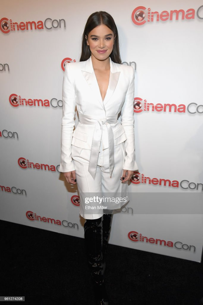 Actor Hailee Steinfeld attends the CinemaCon 2018 Paramount Pictures Presentation Highlighting Its Summer of 2018 and Beyond at The Colosseum at Caesars Palace during CinemaCon, the official convention of the National Association of Theatre Owners, on April 25, 2018 in Las Vegas, Nevada.