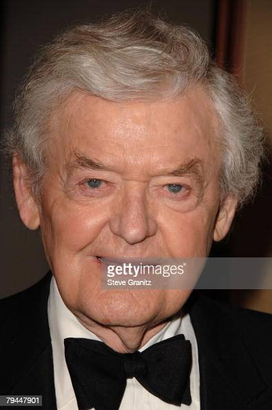Actor Hal Holbrook arrives at the 60th annual DGA Awards ...