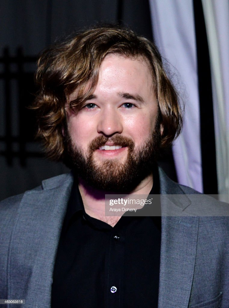 Actor Haley Joel Osment attends the Warner Music Group annual Grammy celebration at Chateau Marmont on February 8, 2015 in Los Angeles, California.