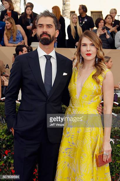 Actor Hamish Linklater and actress Lily Rabe attend the 22nd Annual Screen Actors Guild Awards at The Shrine Auditorium on January 30 2016 in Los...