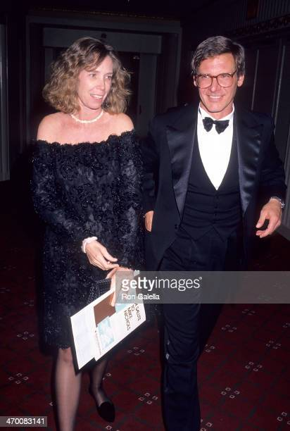 Actor Harrison Ford and wife Melissa Mathison attend the American Museum of the Moving Image Salute to Mike Nichols on February 27 1990 at the...