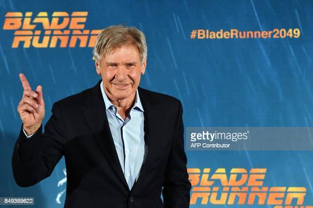 US actor Harrison Ford poses during the photocall of the film Blade Runner 2049 in Madrid on September 19 2017 / AFP PHOTO / GABRIEL BOUYS