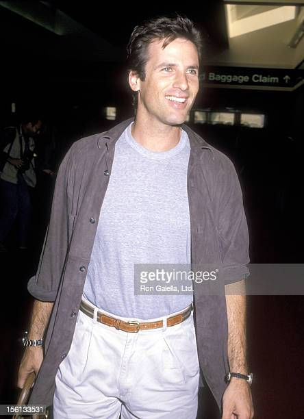 Actor Hart Bochner attends the Celebrity Rally 'Vote '88' to Support the Governor Michael Dukakis/Senator Lloyd Bensten Presidential Campaign on...
