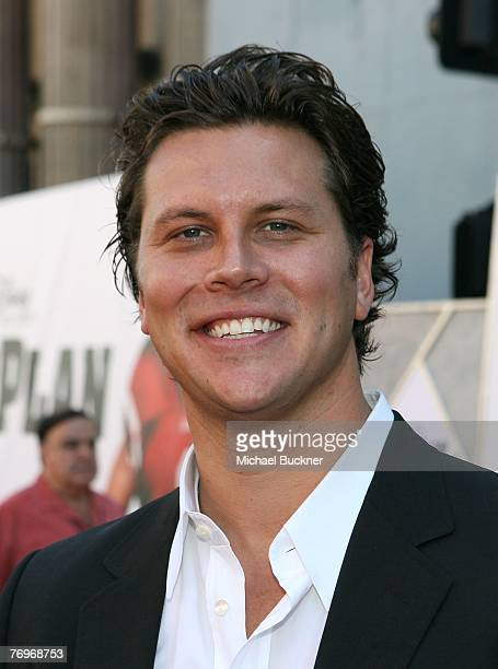 Actor Hayes MacArthur arrives at the premiere of Walt Disney Picture's The Game Plan at the El Capitan Theatre on September 23 2007 in Hollywood...