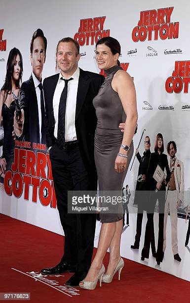 Actor Heino Ferch and his wife MarieJeanette Ferch attend the German premiere of 'Jerry Cotton' on February 28 2010 in Munich Germany