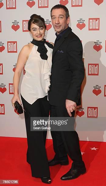 Actor Heio von Stetten and his wife Elisabeth Romano attend the Ein Herz fuer Kinder charity telethon gala on December 15, 2007 in Berlin, Germany.