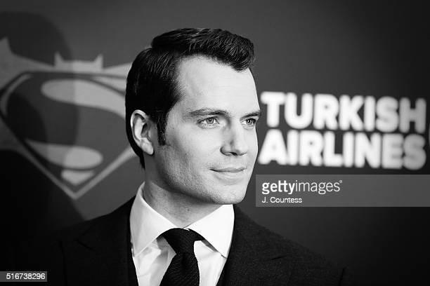 """Actor Henry Cavill attends the """"Batman V Superman: Dawn Of Justice"""" New York Premiere at Radio City Music Hall on March 20, 2016 in New York City."""
