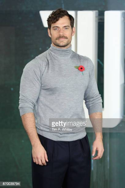 Actor Henry Cavill attends the 'Justice League' photocall at The College on November 4, 2017 in London, England.