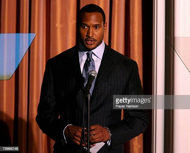 Actor Henry Simmons presents the Bipolar Disorder award onstage during the 11th annual PRISM Awards at the Beverly Hills Hotel on April 24 2007 in...