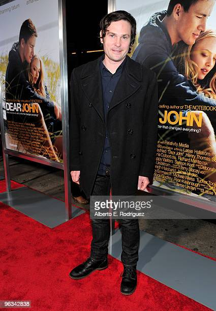 Actor Henry Thomas arrives at the premiere of Screen Gem's Dear John at Grauman's Chinese Theater on February 1 2010 in Hollywood California