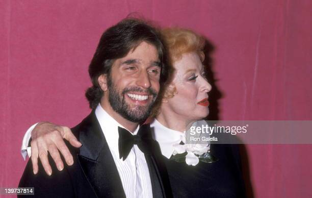 Actor Henry Winkler and Actress Greer Garson attend the 50th Annual Academy Awards on April 3 1978 at Dorothy Chandler Pavilion in Los Angeles...