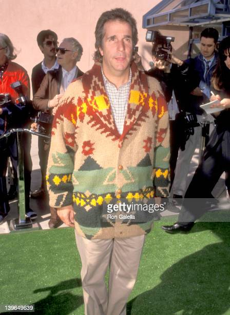 Actor Henry Winkler attends the 'Teenage Mutant Ninja Turtles II The Secret of the Ooze' Universal City Premiere on March 17 1991 at Cineplex Odeon...