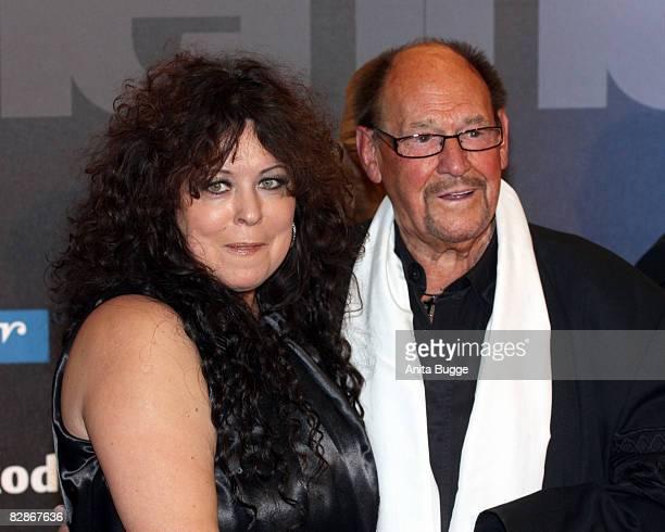 Actor Herbert Koefer and his wife Heike attend the Goldene Henne Award 2008 at the Friedrichstadtpalast on September 17 2008 in Berlin Germany