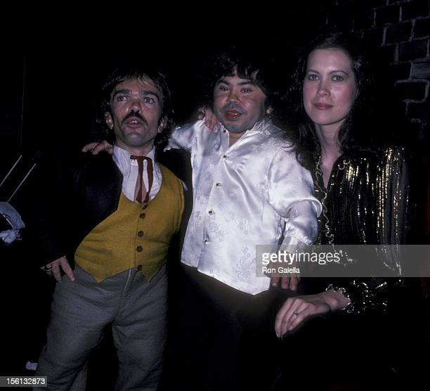 Actor Herve Villechaize wife Camille Hagen and Jon Edward Allan attending 'Party for Jackie Mason' on September 14 1981 at the Improvisation in Los...