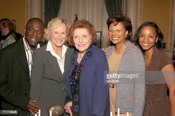 Actor Hinton Battle actress Glenn Close actress Patricia Neal actress Leslie Uggams and actress Anika Noni Rose pose at The Tony Awards Honor...